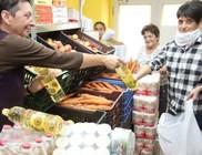 Élelmiszercsomagokat osztott rászorulóknak a MÁTRIX Közhasznú Alapítvány
