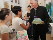 A Csibész Alapítvány gyermekeinek adományoztunk könyveket
