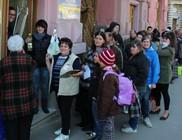 Családok százainak osztottunk élelmiszer adományt