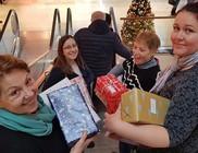 Cipősdoboz ajándék 200 családnak