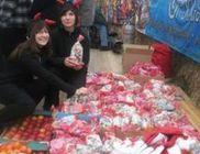 2 nap alatt segítő munkánk révén 800 család kapott ajándékcsomagot