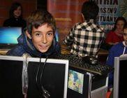 Számítógép Álom 2012 - Gyerekek kaptak számítógépet