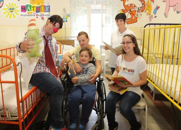 Kórházi mosoly, mesedoktorokkal