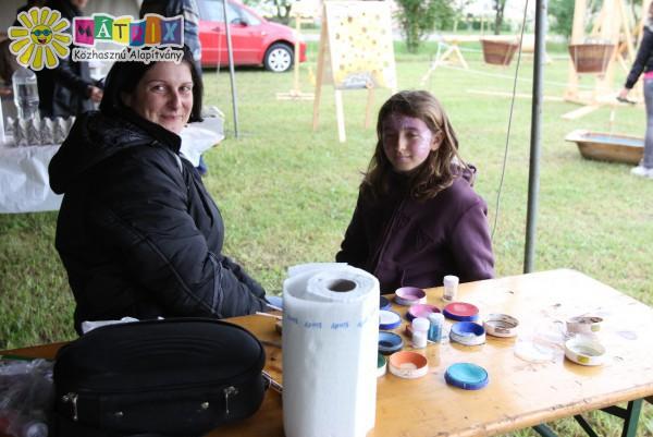 Önkéntesül(l)és - Arcfestés