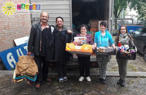 Teherautónyi adomány rászorulókat támogató közösségnek