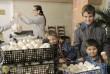 Élelmiszer osztás, gyermekétkeztetés