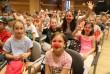 Gyermekek vidámítása a bohócdoktorokkal