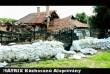 Összedõlt ház Felsõzsolcán