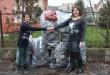 300 pár cipőt vittünk rászoruló közösségnek, Ózdra