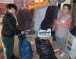 Téli és tavaszi ruhacsomagokat készítettünk rászorulóknak